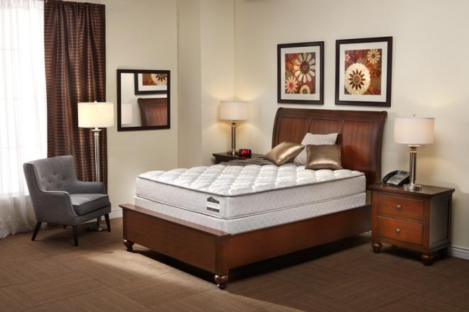 3133-Hospitality_Augusta_Supreme_Room-Largest