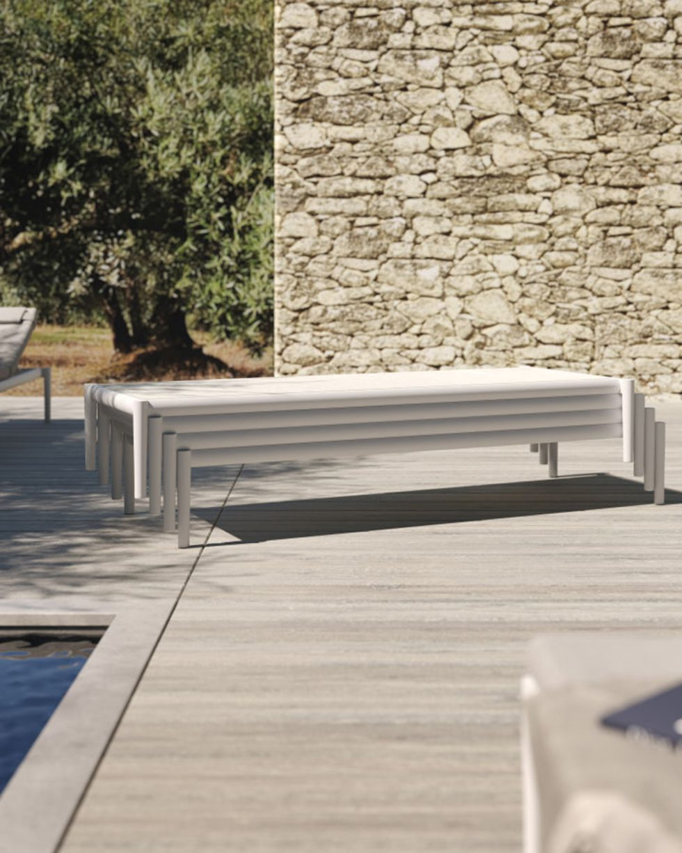 Switch sun lounger stacked 72dpi_72