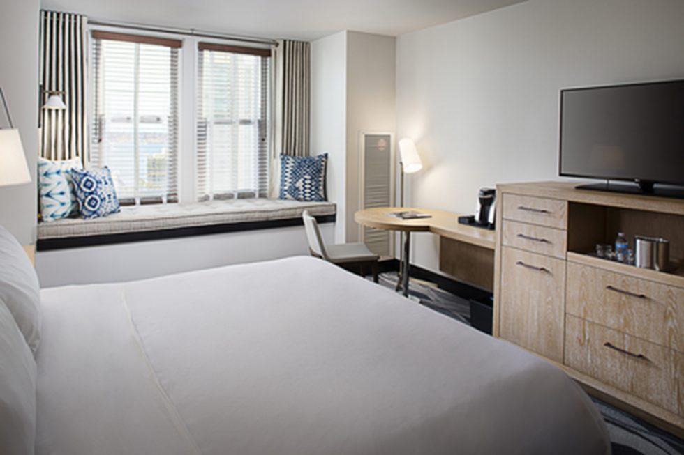 Hotel Republic San Diego_ROOM1_9416_HighRes_72